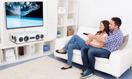 "Virtual Surround und integrierte Subwoofer: ""Oldschool""-Soundbars feiern Comeback"
