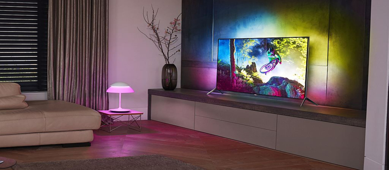 "Philips 4K Mountainbike-Video ""Darklight"" soll Ambilight TVs pushen"